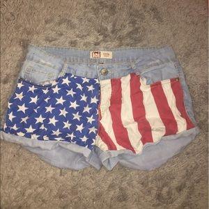 L.e.i low rise American flag shorts